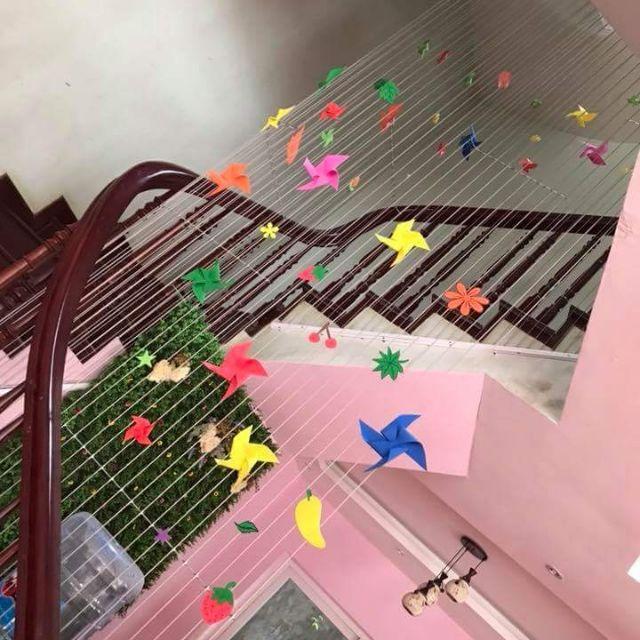 lắp đặt lưới an toàn cầu thang bộ, cầu thang bộ nhà cao tầng, cầu thang, lưới an toàn cầu thang bộ, lớp nhựa PE, tai nạn cầu thang